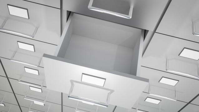 Lieferengpässe: Auch die KKH beschäftigt sich damit. Meist könne die Apotheke jedoch etwas wirkstoffgleiches nur in einer anderen Verpackung abgeben. (b/Foto: andriano_cz /stock.adobe.com)