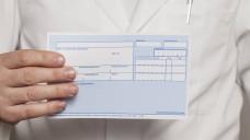 Sparverträge mit Apothekern: Der PKV-Verband schlägt vor, dass mit den Apothekern Sparinstrumente in der Arzneimittelversorgung geschaffen werden. (c / Foto: imago)