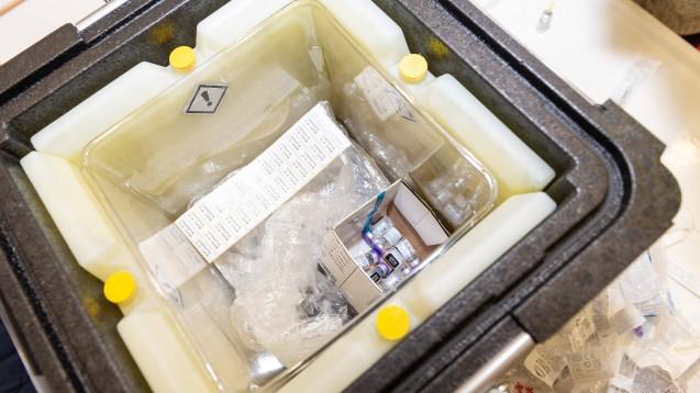 Noch in dieser Woche kommen weitere Dosen COVID-19-Impfstoff von Biontech/Pfizer. (Foto: imago images / Eibner)