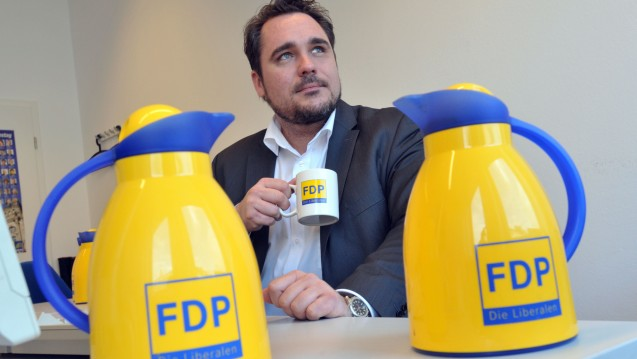 Keine Liberalisierungsvision: Daniel Föst, Generalsekretär der FDP Bayern, widerspricht seinem Parteikollegen Fischbach und meint, dass es im Apothekenmarkt derzeit kieinen Handlungsbedarf gebe. (Foto: FDP Bayern)