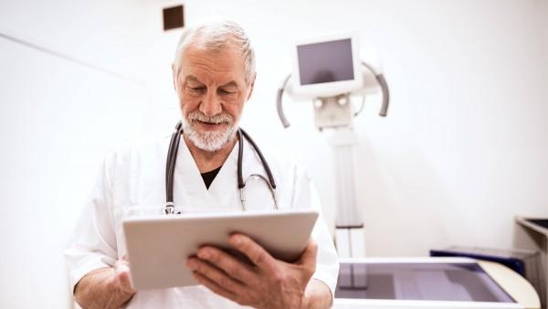 Kassenärzte: Digitalisierung backt keine Arztzeit