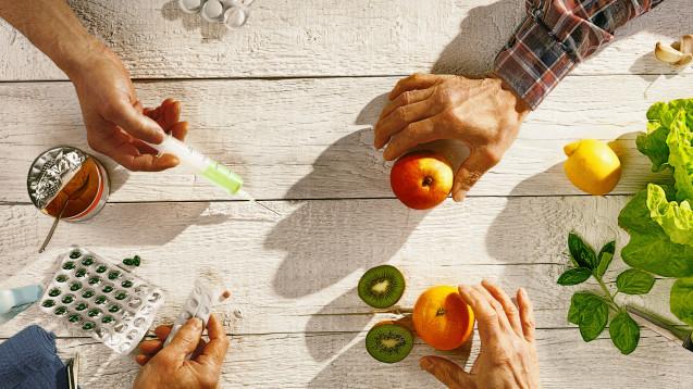 Gezielt supplementieren oder bewusst ernähren? (Foto: Ingo Bartussek / stock.adobe.com)