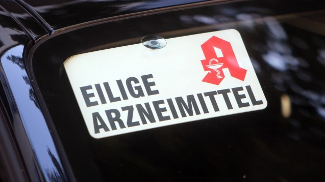 Die geplanten 2,50 Euro pro Botendienst-Lieferung findet die ABDA zu wenig. Sie möchte zumindest die derzeit vorgesehenen 5 Euro netto beibehalten. (Foto: imago images / Peters)