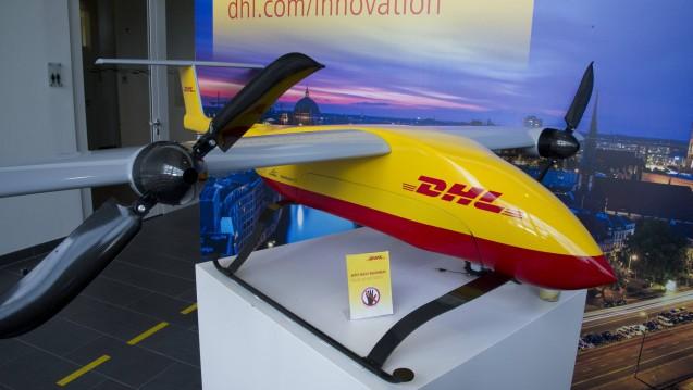 Die DHL startet in China mit einem Drohnen-Projekt durch (hier ein Beispiel aus Deutschland). (r / Foto: imago images / Sven Simon)