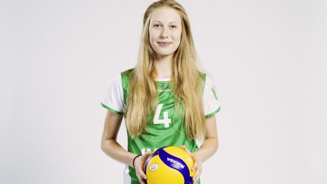 Die PTA Doreen Luther spielt beim USC Münster Volleyball in der Bundesliga und will später Pharmazie studieren. (Foto: privat)