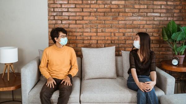 Maske kann auch zu Hause sinnvoll sein