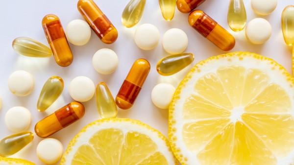 Verbraucherschützer fordern strenge Regelungen für Nahrungsergänzungsmittel