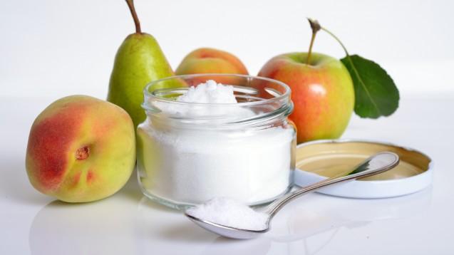 Natürlicherweise findet sich Fructose in frischen Früchten und Gemüse. Aber sie ist auch Bestandteil zahlreicher verarbeiteter Lebensmittel– oft hinter verschleiernden Bezeichnungen. (Foto: spline_x/stock.adobe.com)