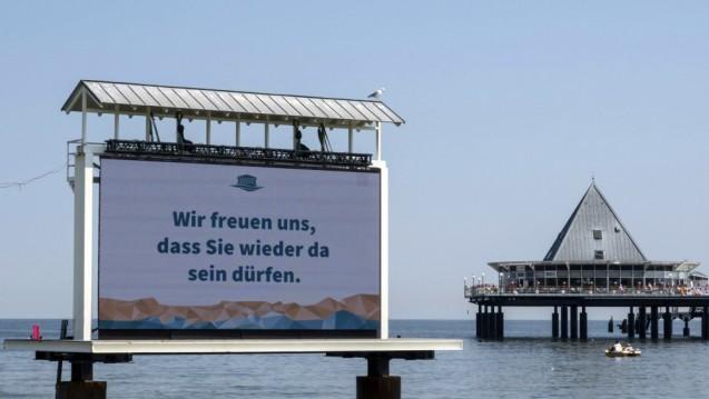 Deutschland ist bislang vergleichweise gut durch die Corona-Pandemie gekommen. Eine Analyse des Wissenschaftlichen Instituts der PKV spürt den Gründen nach. (m/ Foto: imago images / photo2000)