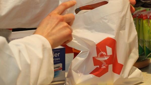 Öko-Gebühr: Bald fünf Cent für Apotheken-Tüten?
