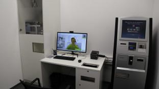 So sieht der neue DocMorris-Abgabeautomat in Hüffenhardt aus