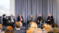 Teilnehmer der Berliner Runde (v.l.): Moderatorin Susan Knoll (Tagesspiegel), Michael Hennrich (CDU), Prof. Dr. Andrew Ullmann (FDP), Dr. Sabine Richard (AOK-Bundesverband), Kai Helge Vogel (Verbraucherzentrale Bundesverband) und Philipp Huwe (BAH). (Foto:BAH)