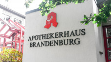 Kammerversammlung im Apothekerhaus Brandenburg: Die Apotheker blicken dieser Tage gespannt ins politische Berlin. (Foto: DAZ.online)