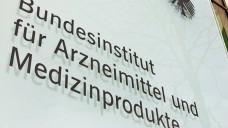 Das BfArM warnt vor illegalen Versandhändlern, die mit dem BfArM-Logo werben. (Foto: BfArM)