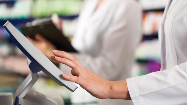 Fehlende Arzneimittel, zahlungsunwillige Krankenkassen, Bürokratie – die Apotheken stehen auch 2020 vor Herausforderungen. (Foto: Kzenon / stock.adobe.com)