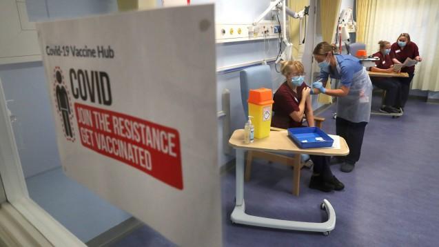 In Großbritannien läuft derzeit die größte Impfkampagne in der Geschichte des NHS.(c / Foto: imago images / i Images)