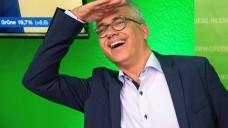 Hessens Grünen-Chef Tarik Al-Wazir konnte sich im Oktober über ein gutes Wahlergebnis für die Grünen freuen. Nun soll das Ministerium für Soziales, Integration und Gesundheit in die Hände seiner Partei fallen. (m / Foto: imago)