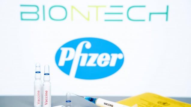 Biontech/Pfizer wollen BNT162b2 auch in der EU zulassen, in den USA prüft die FDA bereits die Notfallgenehmigung der Corona-Vakzine. Auch für Modernas Corona-Impfstoff mRNA-1273 laufen Zulassungsverfahren bei EMA und FDA. (x / Foto: imago images / Political-Moments3)