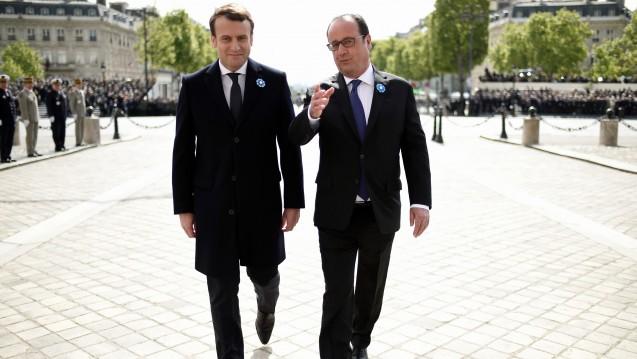 Blick nach vorn: Wahrscheinlich in der nächsten Woche wird Frankreichs amtierender Staatspräsident Francois Hollande (re.) sein Amt an Emmanuel Macron übergeben. Was bedeutet der Wechsel für die Apotheker? (Foto: dpa)