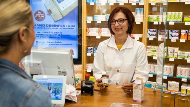 Bis Ende Mai 2022 gelten für Apotheken die erleichterten Abgaberegelungen der SARS-CoV-2-Arzneimittelversorgungsverordnung. (c / Foto: Schelbert)