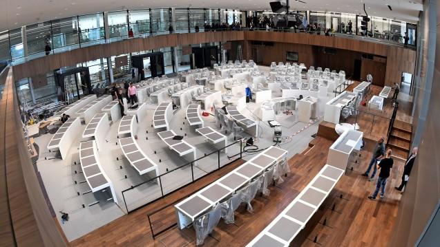 Im Umbau: Nicht nur das Landtagsgebäude in Hannover wird verändert, sondern auch seine politische Zusammensetzung bei der Landtagswahl am kommenden Sonntag. Wen sollten die Apotheker in Niedersachsen wählen? (Foto: dpa)
