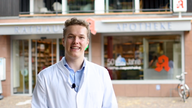 Der Pharmaziestudent Benedikt Bühler rechnet damit, dass seine Bundestagspetition zum Rx-Versandverbot schon bald veröffentlicht wird. (c / Screenshot: DAZ.online)