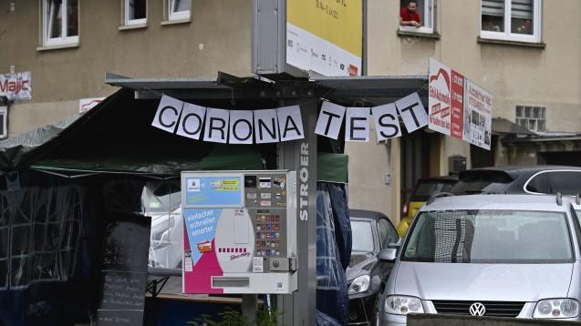 Die neue Coronavirus-Testverordnung soll unter anderem die Antwort auf bekannt gewordene Fälle von Abrechnungsbetrug bei Schnellteststellen sein. (Foto: IMAGO / Michael Weber)