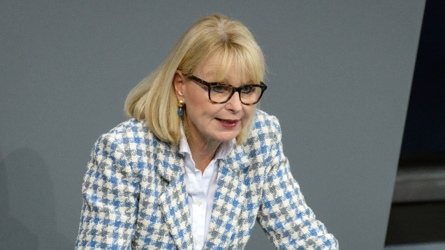 Karin Maag, gesundheitspolitische Sprecherin der Unionsfraktion, will beim Vor-Ort-Apotheken-Stärkungsgesetz nicht länger warten und das Vorhaben zügig ins Parlament einbringen. (Foto: imago images / Spicker)