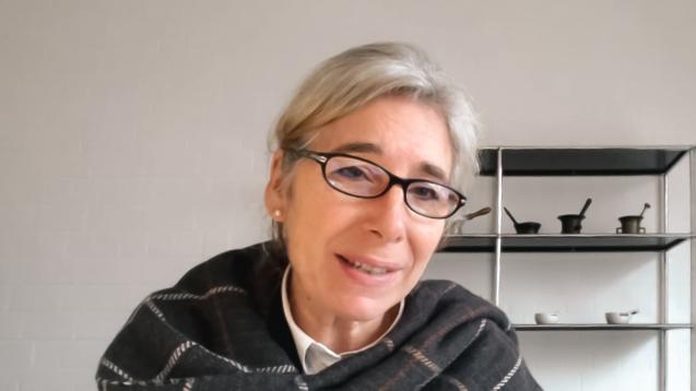 Als mögliche ABDA-Präsidentin will Gabriele Regina Overwiening die Apotheker künftig wieder mit einer starken Stimme sprechen lassen. (Screenshot: DAZ.online / AKWL)