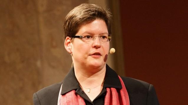Edith Bennack ist sich sicher: Eine Antibiotika-Therapie kann nur interdisziplinär erfolgreich sein. (Foto: pharmacon.de)