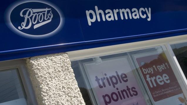 Wie gehen die großen Apothekenketten in Großbritannien mit den milliardenschweren Kürzungen beim Apothekenhonorar um? DAZ.online hat bei drei der vier größten Kettenkonzerne nachgefragt. (Foto: Imago)