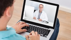 Chat mit dem Arzt: GKV-Versicherte in zwei Modellregionen können sich ab kommenden Montag online ärztlichen Rat holen.(Foto:Andrey Popov / stock.adobe.com)