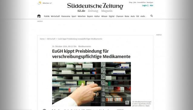 """Die Süddeutsche Zeitung erklärt auf ihrer Webseite sehr schön das Preisbildungssystem für Arzneimittel (auch wenn sie die Nutzenbewertung, den Kassenabschlag und v.a. die Rabattverträge unterschlägt) und weist auch darauf hin, dass die Preisbindung bei Rx-Arzneimitteln die Patienten vor zu hohen Preisen schützen soll, nicht die Apotheken vor niedrigen. Auch die ABDA-Position, dass """"Rosinenpickerei"""" und aggressiver Preisdruck vor allem kleine Apotheken treffen und so die flächendeckende Versorgung in Gefahr gerate, findet Erwähnung."""