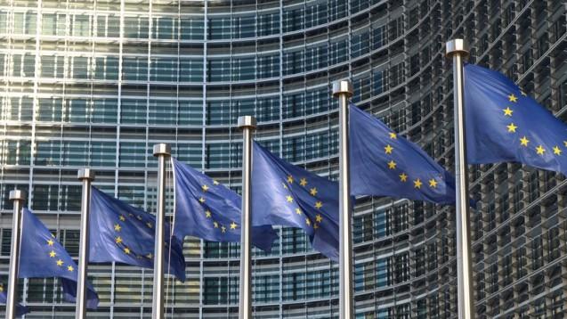 Die EU-Kommission in Brüssel ermöglicht einen Spartentausch zwischen Sanofi und Boehringer. (Foto: finecki / Fotolia)