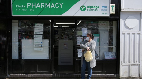 UK: Quarantäne wegen Corona-Fällen in Apotheken