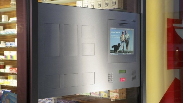 Abholfächer für bestellte Arzneimittel: Hier können Kunden auch nach Geschäftsschluss ihre bestellten Arzneimittel abholen. Ein Gewinn für die Vor-Ort-Apotheke? Oder sollten sie ganz verboten werden? (c / Foto: Dacos)