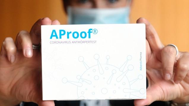 Den Antikörpertest AProof soll es auch in Apotheken geben. Doch ist das erlaubt? (Foto: picture alliance/dpa/dpa-Zentralbild | Sebastian Willnow)