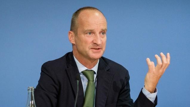 Mit harten Worten kritisiert ABDA-Präsident Friedemann Schmidt den Vorschlag der SPD-Politiker.(Foto: ABDA / Wagenzik)