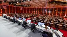 Wir müssen über Geld reden: Die Delegierten beim Deutschen Apothekertag 2021 in Düsseldorf diskutierten unter anderem über die Weiterentwicklung des Apothekenhonorars. (c / Foto: Schelbert)