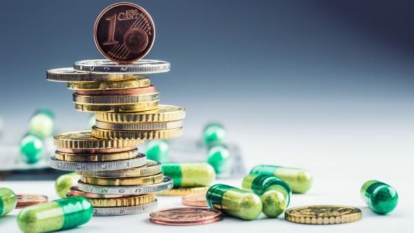 AOK-Chef beklagt steigende Arzneimittelpreise