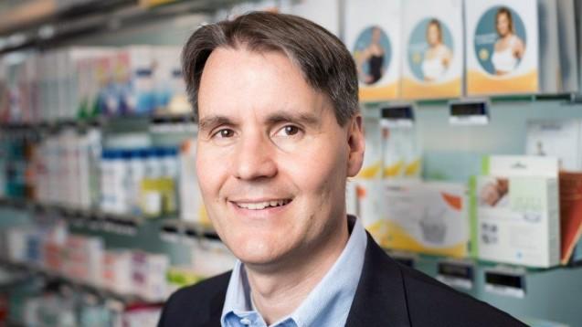 Holger Seyfarth, Vorsitzender des HAV, appelliert an die Apotheken: Sie sollen ihre Betriebe nicht in die Nähe von Ramschläden rücken. (c / Foto: HAV)