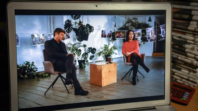 Die Bundesvorsitzenden der Grünen, Annalena Baerbock und Robert Habeck, führten am Wochenende durch einen virtuellen Parteitag. Unter anderem wurde ein Beschluss zum umstrittenen Thema Homöopathie gefasst. (Foto: imago images / Rüdiger Wölk)