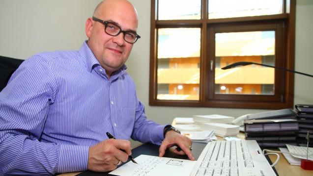 Der ehemalige FDP-Bundestagsabegordnete Lars Lindemann leitet seit einigen Jahren den Spitzenverband der Fachärzte (SpiFa). In dieser Zeit hat der Fachärzte-Verband in der Beziehung zu den Apothekern einen Schlingerkurs hingelegt. ( s / Foto: dpa)