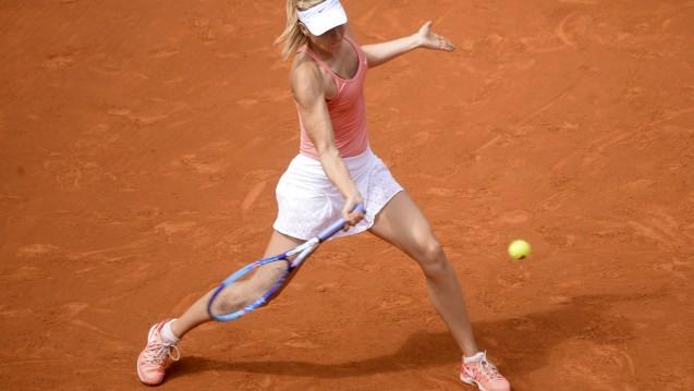 Maria Scharapova 2015 beim Match gegen Wozniacki bei den  Mutua Madrid Open  (Foto: Geisler-Fotopress / Picture alliance)