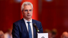 Der Bayerische Apothekerverband (hier der Vorsitzende Dr. Hans-Peter Hubmann) hat in einem gemeinsamen Antrag mit den Kammerkollegen aus Bayern eine Backup-Lösung für einen Ausfall der TI-Komponenten gefordert. (c / Foto: Schelbert)