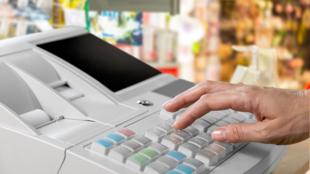 Elektronische Registrierkassen sollen manipulationssicher sein – die Steuerbehörden haben ein Auge darauf. (b/Foto: BillionPhotos.com / stock.adobe.com)