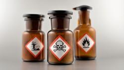 Für die Abgabe bestimmter Chemikalien ist ein Sachkundenachweis erforderlich. ( r / Foto: betka82               /stock.adobe.com)