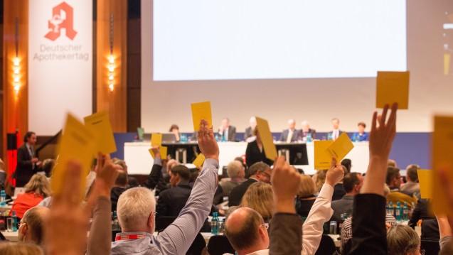 Apotheker finden ihre Standesvertretung unzureichend (Foto: Schelbert / DAZ)