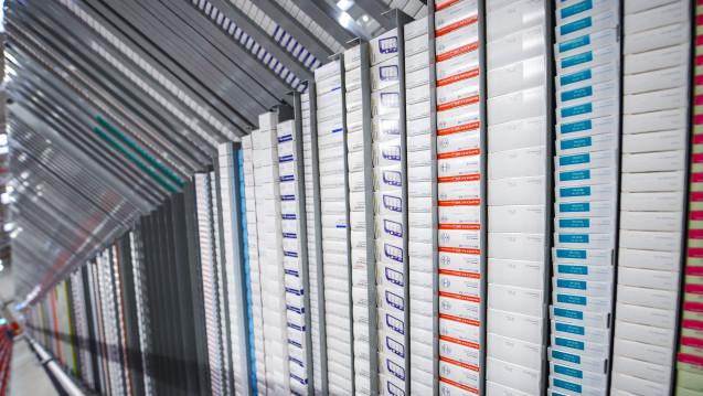 Der wichtigste Lieferant der Apotheken vor Ort ist nach wie vor der pharmazeutische Großhandel. (Foto: dpa)