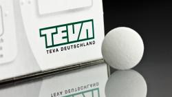 Versicherte der Barmenia, der Gothaer, der Halleschen und der Signal Iduna sollen künftig Arzneimittel von Teva verlangen. ( r / Foto: dpa)